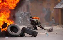 Misa en Haití en honor a Moise, entre protestas