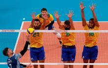 Brasil derrotó a Argentina en el voleibol masculino de los Juegos Olímpicos de Tokio