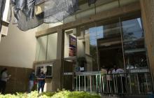 Seis personas son presentadas ante la Fiscalía por daños a la Alcaldía