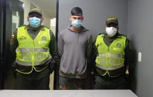 Policía captura a un estudiante por homicidio de joven en El Prado