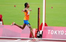 Sifan Hassan gana en 5.000 el primer oro de los tres que persigue