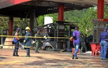 Al menos un muerto y seis heridos por explosión en gasolinera en Venezuela