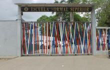 Suspenden clases tras contagio de un estudiante en escuela de Montería