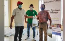 Entregan incentivos agropecuarios a familias productoras en Córdoba