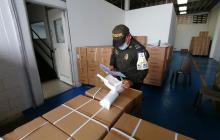 Confiscan cargamento de tapabocas ilegales avaluados en $210 millones