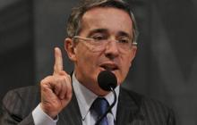 """""""La amnistía es una contribución de ideas para buscar soluciones"""": Uribe"""