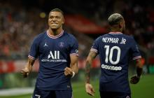 Kylian Mbappé marca un doblete en el debut de Messi con el PSG