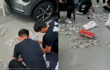 Con 30 millones de pesos en monedas compró un carro para su hijo