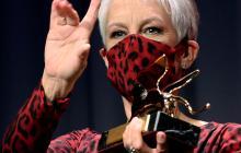 Jamie Lee Curtis es premiada con el León de Oro en Venecia