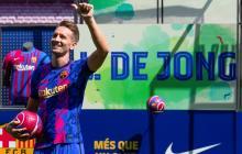 El Barcelona presenta a Luuk de Jong como nuevo jugador azulgrana