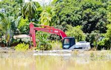 Trabajan para contener el ingreso de las aguas del Cauca a Guaranda