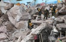 Tres personas continúan desaparecidas tras el derrumbe en el centro de México