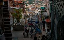 Pobreza de ingresos en Venezuela llega a 94,5 %, dice estudio