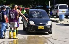 Adulto mayor es atropellado por un carro en San Isidro