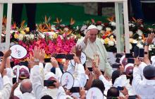 Las imágenes de la misa del Papa en el Olaya Herrera