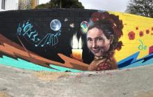 Rinden homenaje a Esthercita Forero con un mural