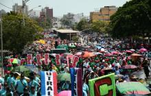 En imágenes | Centrales obreras y sindicatos se toman las principales vías de las capitales de la Costa