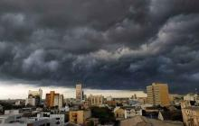 Cae fuerte lluvia esta tarde del jueves en Barranquilla