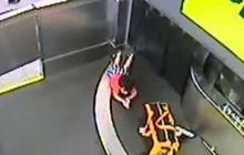 En video   Niño resulta herido tras 'viajar' en una cinta transportadora de maletas