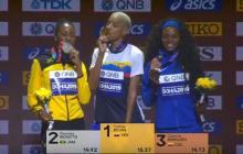 En video   Caterine Ibargüen recibe la medalla de bronce que logró en el Mundial de Doha