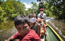 El viaje de los indígenas matis para vacunarse