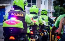 Por la policía