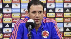 El DT interino Arturo Reyes en rueda de prensa.