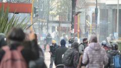Momentos de las manifestaciones en Bogotá.