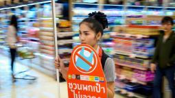 Letrero de prohibido las bolsas plásticas.