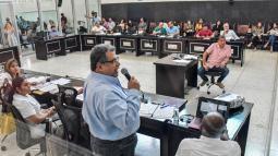 Ulahy Beltrán, gerente del Cari, durante su ponencia.