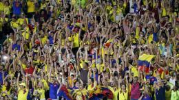 La hinchada suele acompañar masivamente a la Selección Colombia y la demanda de boletería es alta.