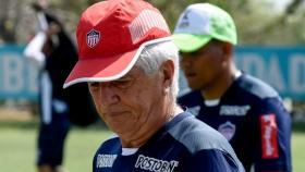 Julio Avelino Comesaña podrá dirigir a Junior sin necesidad de tutelar al Gobierno Nacional.