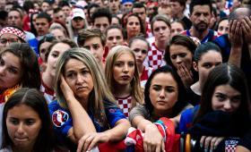 La tristeza de los croatas por la derrota ante Francia, en la final del Mundial.
