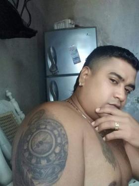 Sicarios asesinan a un hombre en la terraza de su casa
