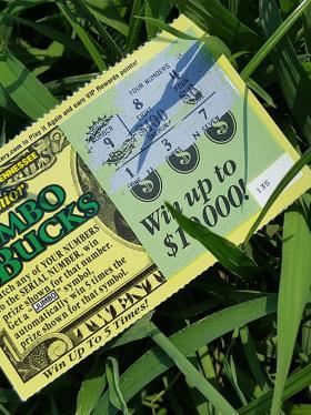 Mexicano ganó lotería en EE. UU. y no puede reclamarla por no tener documento