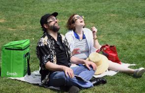 En imágenes: Así reaccionaron las personas al ver el eclipse del siglo