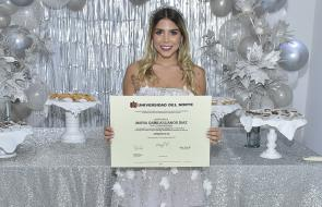 Grado de María Camila Llanos Díaz