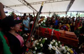 Sepelio de gobernadora indígena Sandra Liliana Peña