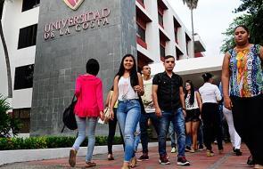 Video: Universidad de la Costa, 45 años al servicio de la excelencia académica