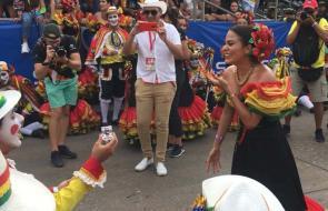 En video | El performance del Cipote Garabato se salió del guión con una propuesta de matrimonio