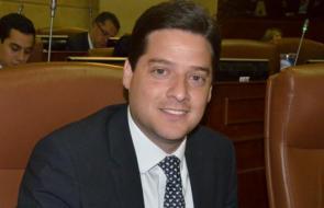 En video   Senador Mauricio Gómez pide a los bancos que refinancien los créditos y no cobrar intereses por mora