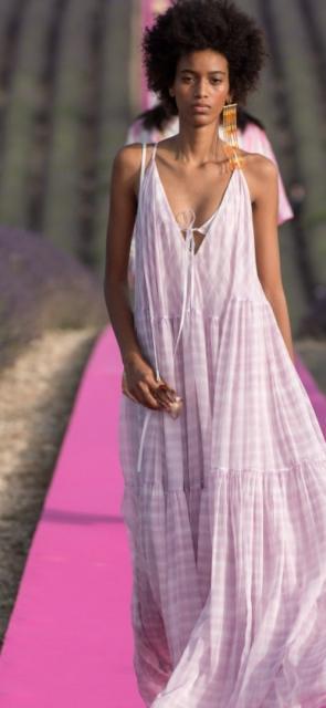 Seis claves para que integres los tonos pasteles a tus 'outfits'