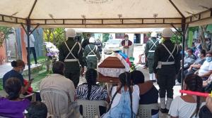Último adiós al patrullero que murió en un operativo en Barranquilla