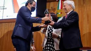 El colombiano que ganó el Premio Novela Mario Vargas Llosa