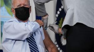 Biden se pone una dosis de refuerzo de la vacuna de Pfizer