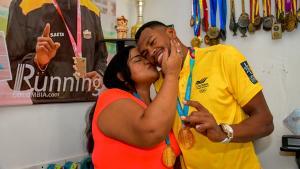 Miladis Zambrano, madre de Anthony Zambrano, habla de la final de los 400 metros en los Juegos Olímpicos de Tokio 2020