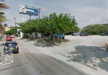 En este estacionamiento a cielo abierto, a un lado de la 51B, ocurrió el hurto.