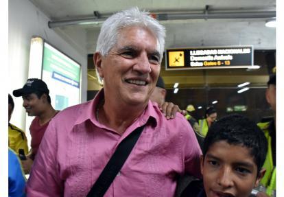Julio Avelino Comesaña a su llegada a Barranquilla.