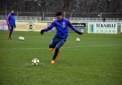 Radamel Falcao García encabezará el ataque de Colombia ante Francia.