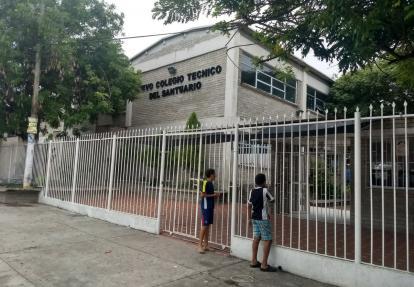 Fachada del Colegio Técnico del Santuario.